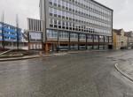 Fra Sjøgata mot plan U. Dette lokalet har 2 innganger fra begge sider av bygget samt varelevering fra baksiden av bygget.
