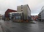 Innganger både fra Fr.Langes gate og Sjøgata
